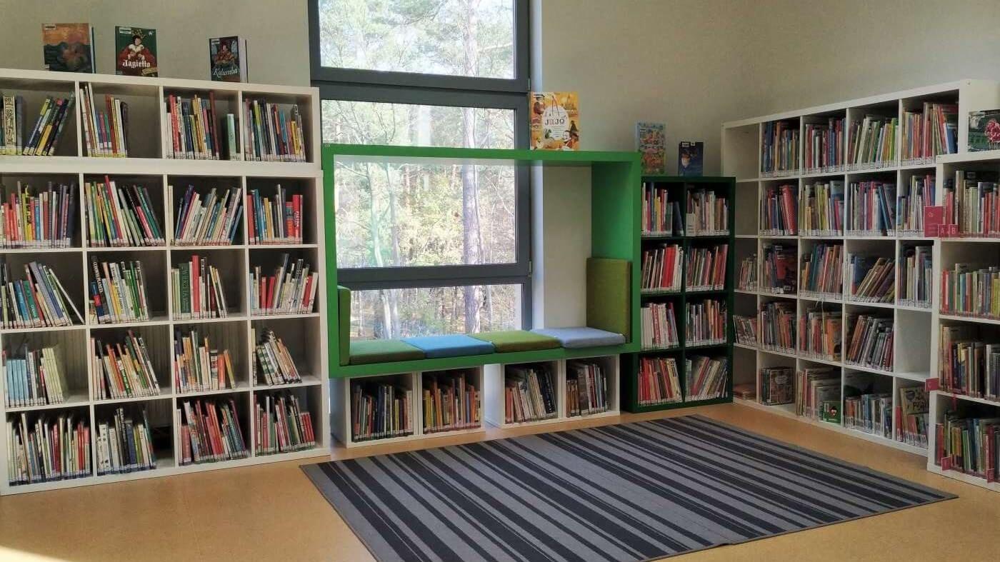Biblioteka-Publiczna-w-Piasecznie-Filia-Zalesie-Dolne-1-1