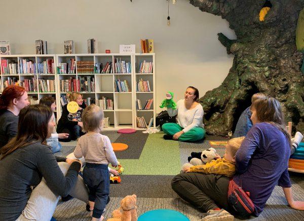 Biblioteka Piaseczno CEM dzieci