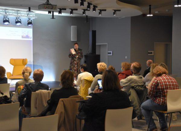 Anna Seniuk Spotkanie Autorskie WPiasecznie