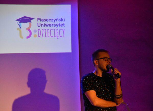 Uroczysta Inauguracja Piaseczyńskiego Uniwersytetu Dziecięcego - Dyrektor Biblioteki
