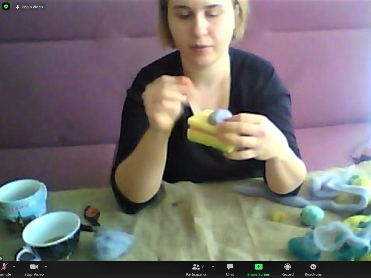 Zrzut ekranu zwarsztatów filcowanie nasucho
