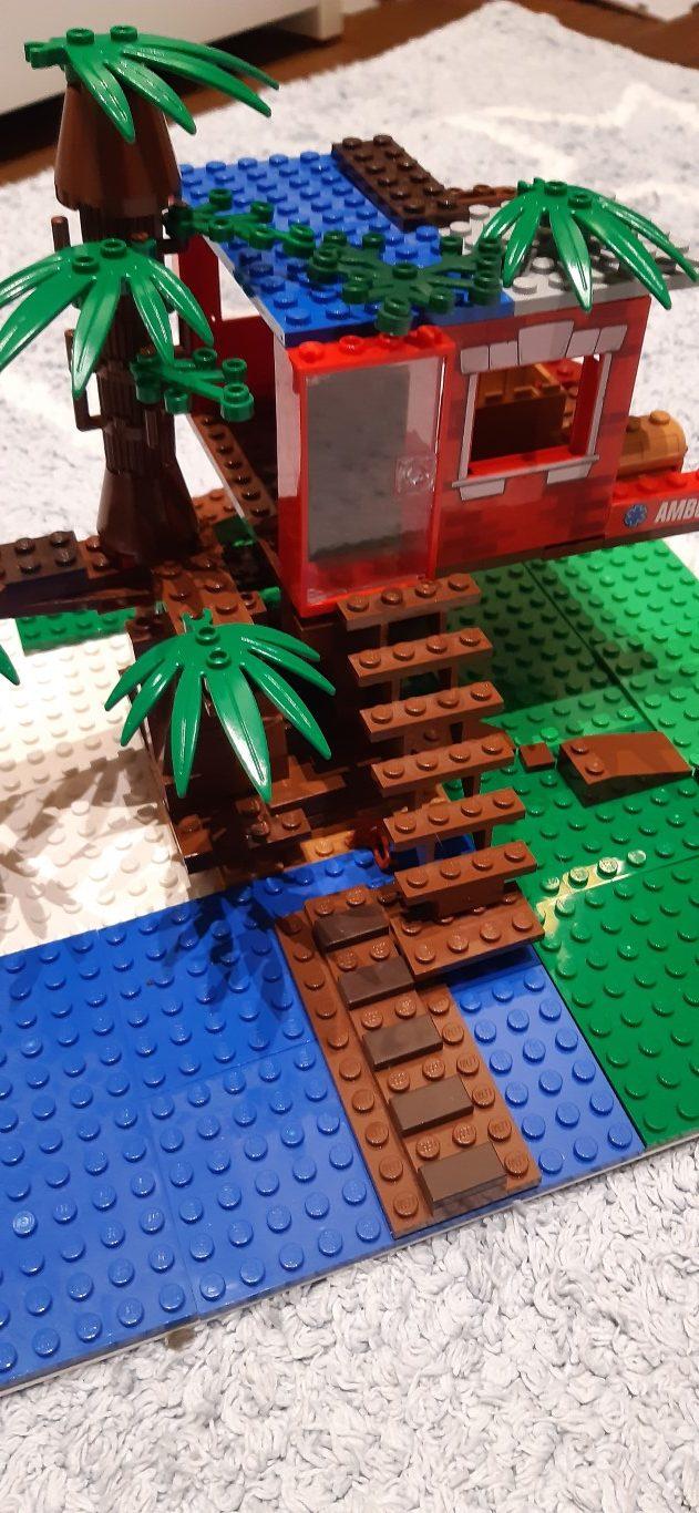 """Kalambury zklocków LEGO: Wiktor Dębski - seria """"Magiczny domek nadrzewie"""" Mary Pope Osborne"""