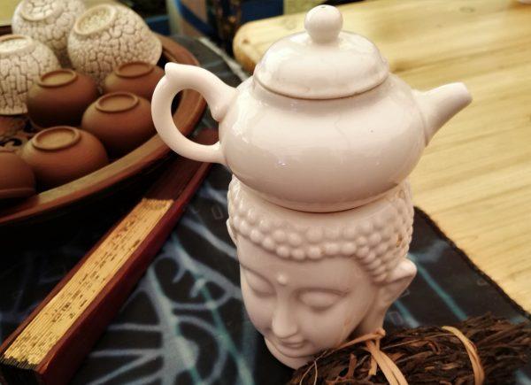 Czajniczek Buddha, wahlarz iczarki doherbaty - Festiwal Herbaty wCieszynie, 2019