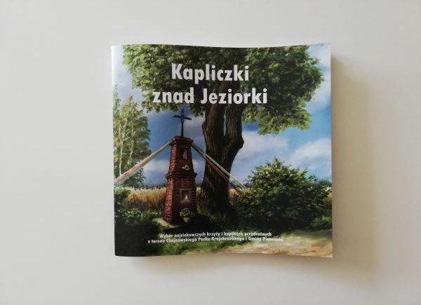 """Książka """"Kapliczki znad Jeziorki"""""""