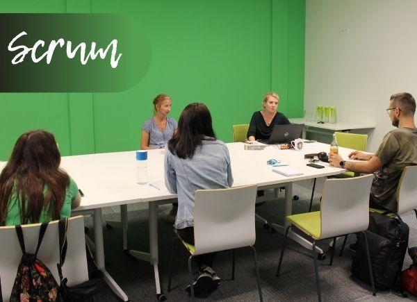 Spotkanie pracowników Biblioteki z Alicją Krawczyńską dotyczące Scruma