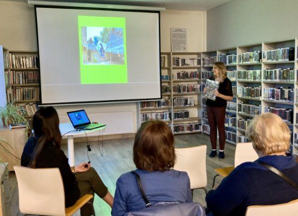 Natalia Boniewicz i uczestnicy spotkania